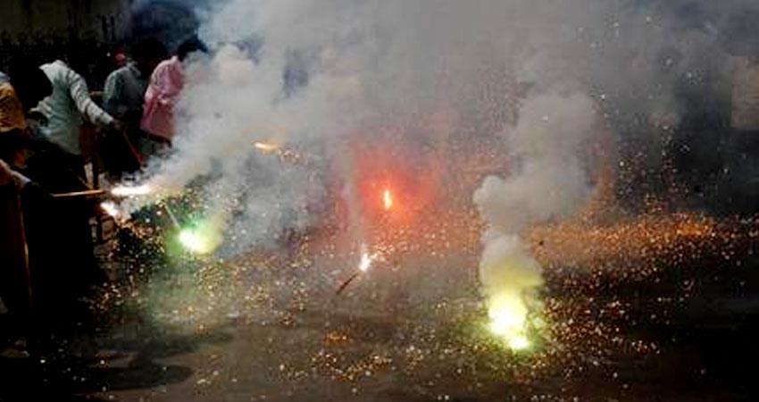 this diwali mist smoke pollution and fire everywhere aljwnt