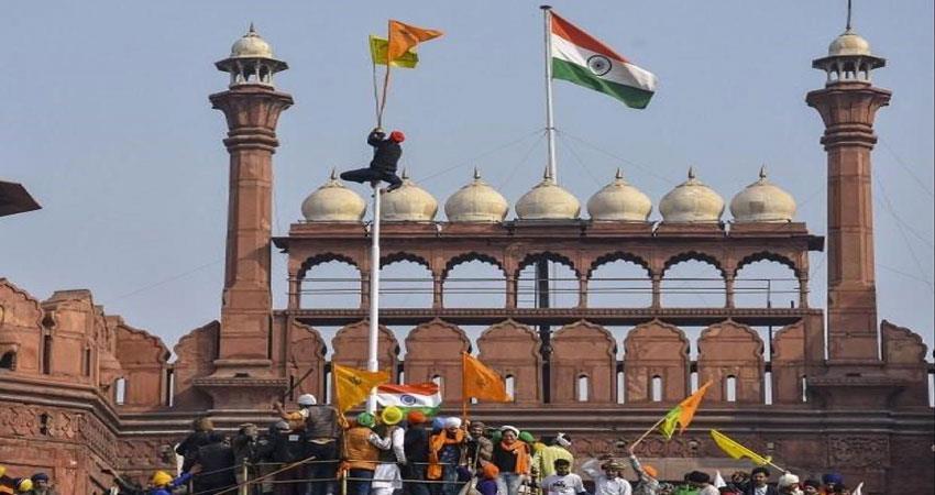 delhi-red-fort-is-witness-to-many-violent-incidents-djsgnt