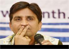 कवि कुमार विश्वास के घर के बाहर से कार चोरी, जांच में जुटी पुलिस