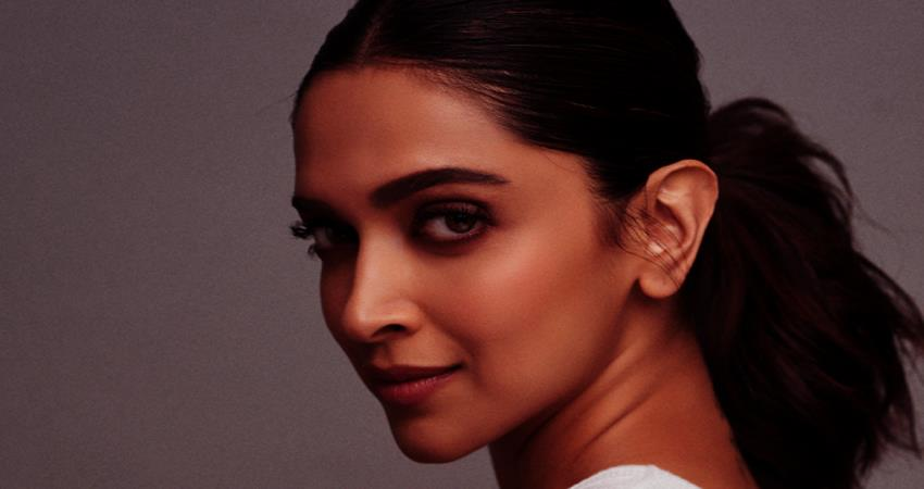 deepika-padukone-is-asias-most-influential-woman-in-tv-and-film-sosnnt