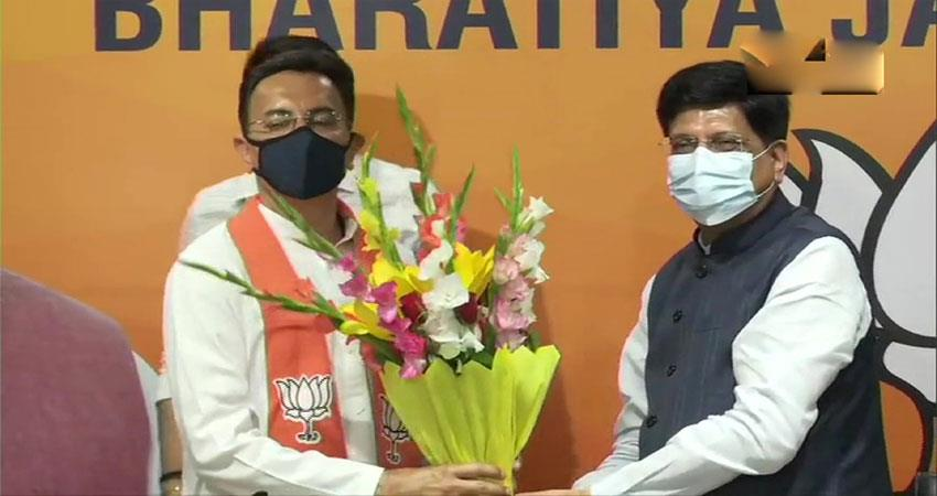 congress-leader-jitin-prasada joins-bjp kmbsnt