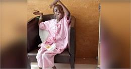 भारत के इस अस्पताल में हुआ चमत्कार, 11 साल बाद बच्चे ने हाथों से खाया खाना
