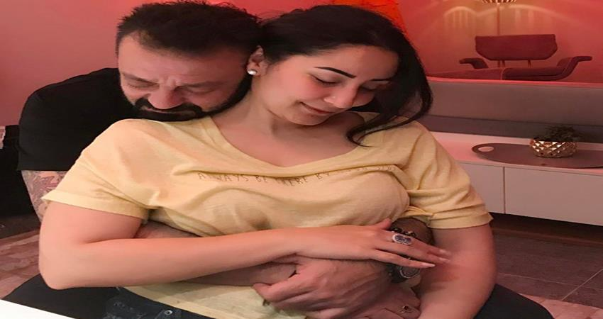 maanayata and sanjay dutt set couple goals in new romantic picture