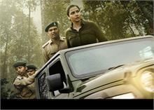 फिल्म 'शेरनी' का नया पोस्टर हुआ आउट, खास अंदाज में दिखीं विद्या बालन