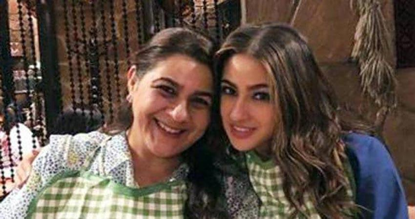 sara ali khan share pictures with mom of her journey jsrwnt