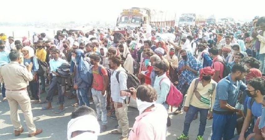 lockdown greater noida migrant workers demand commotion delta metro station pragnt