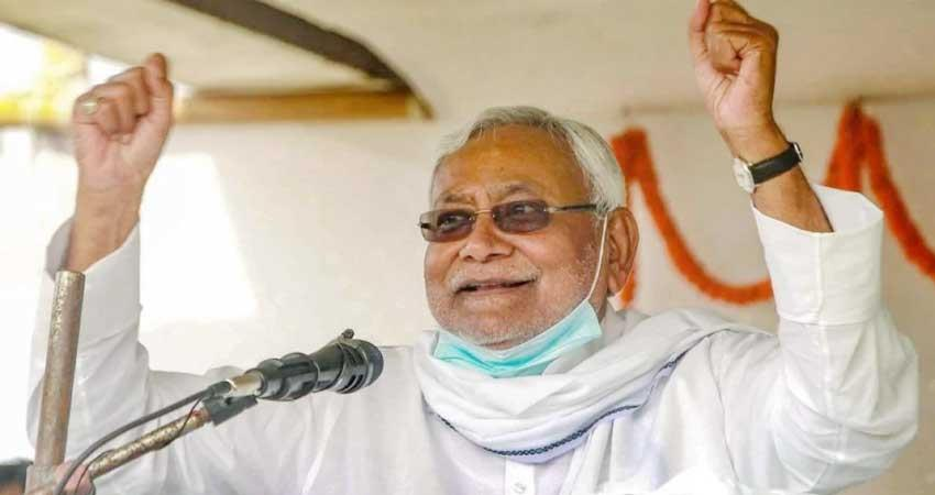 nitish kumar fulfills election promise on birthday corona vaccine will be free in bihar pragnt