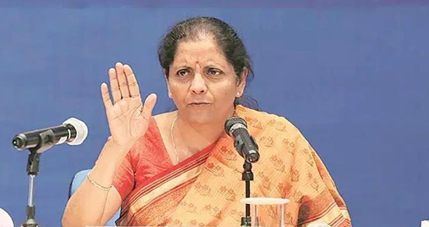 sitharaman met pmc bank''''s angry consumers, promised legislative changes to protect interests