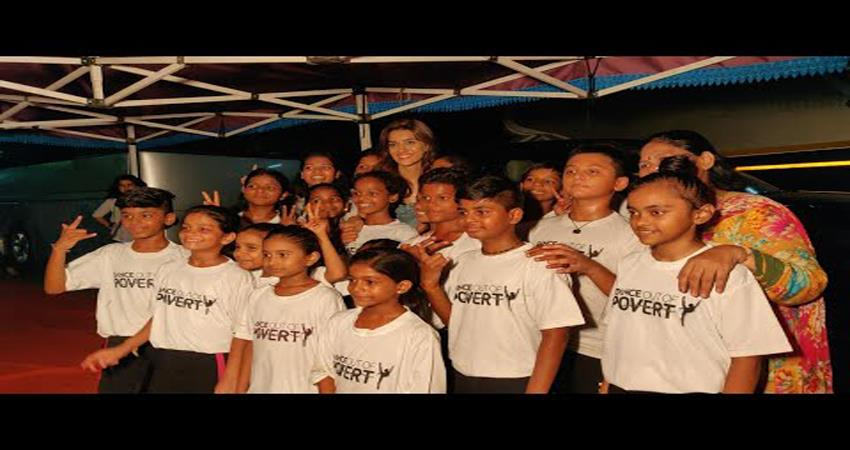 kriti-sanon-gets-surprise-tribute-from-ngo-dance-out-of-poverty