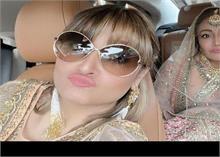 नेहा- रोहनप्रीत की शादी ने ड्राइवर बनी उर्वशी, सामने आई ये तस्वीर