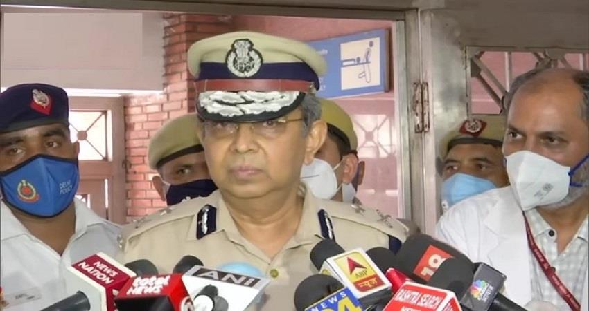 more than 100 police personnel donate plasma in delhi corona pandemic kmbsnt