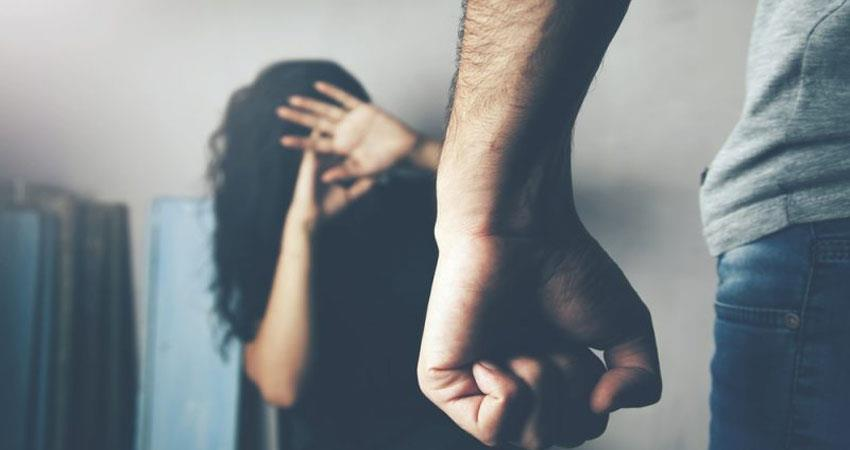 domestic violence cases increasing during lock down no access to the police station prshnt