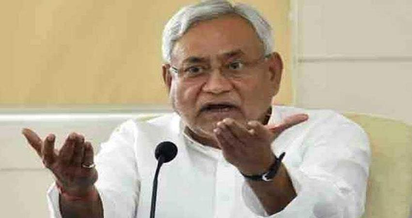 nitish-strict-on-illegal-liquor-said-liquor-will-continue-on-sale-on-police-station
