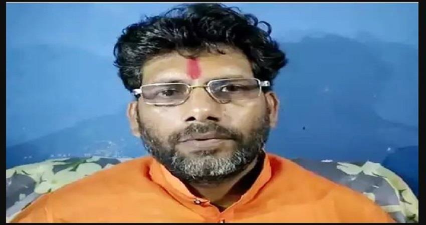vishwa-hindu-sena-patron-announced-25-lakh-reward-for-cut-private-parts-prsgnt