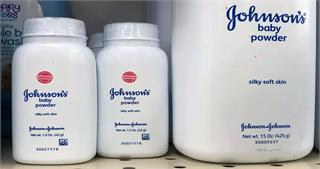 कैंसर के खतरे की जानकारी पहले से होनेके बावजूद Johnson & Johnson बेचती रही बेबी पाउडर