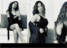 हिना खान ने ब्लैक नाइटी में कराया सेंशुअल फोटोशूट, Pics हुईं वायरल