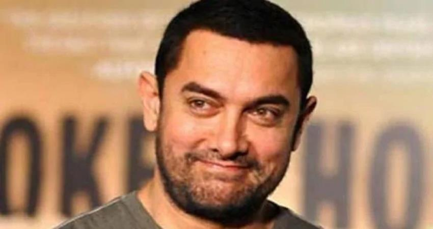 Aamir Khan arrives at Panchgani to celebrate Christmas with his family