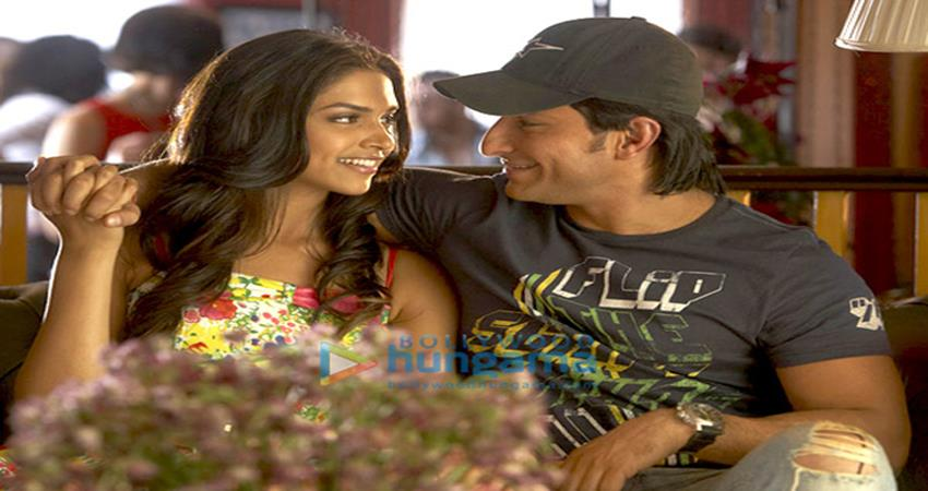 Deepika Padukone celebrates 12 years of Love Aaj Kal sosnnt