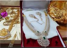 CID ने मारी हैदराबाद में रेड, 1 करोड़ कैश और 3 किलो सोने-हीरे के गहने देखकर अफसरों के उड़े होश