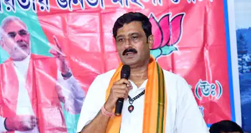 election commissions action on bjp leader rahul sinha 48 hours spent on campaigning prshnt