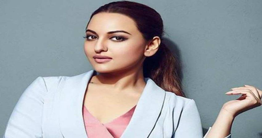 sonakshi sinha shares a number on twitter to talk about sex