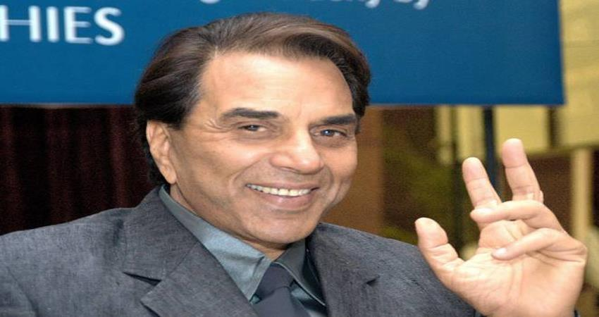 dharmendra said bye to social media