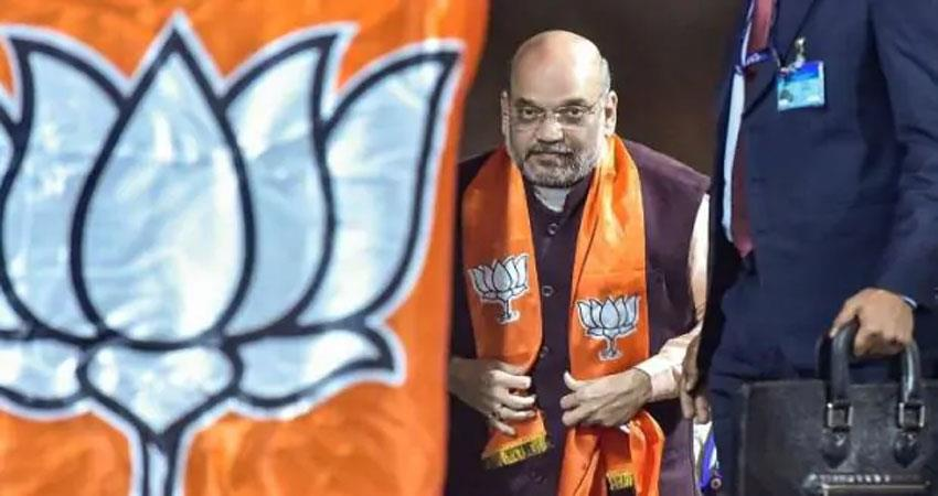 assembly election amit shah held road show in delhi disputed slogans