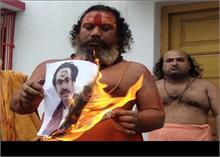 कंगना के समर्थन में आए संतों ने महाराष्ट्र सीएम को दी धमकी, अयोध्या न आएं, नहीं तो...
