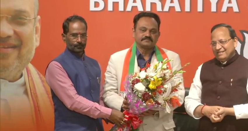congress leader janardan dwivedi son sameer dwivedi joins bjp