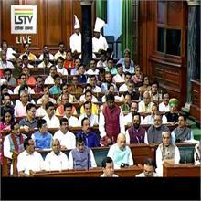 तीन तलाक पर संसद में सियासत जारी, जानिए किसने क्या कहा