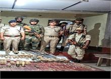 असमः भारी मात्रा में हथियार और गोला बारूद बरामद से पुलिस महकमेमें मची खलबली