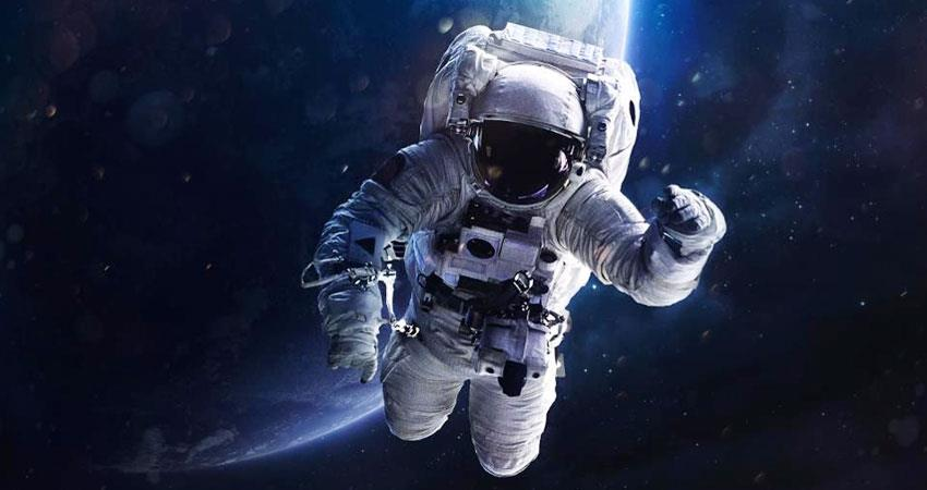 nasa astronaut commander chris cassidy drops mirror in space during spacewalk aljwnt