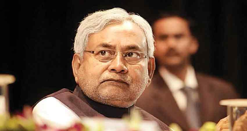 nitish kumar presented before governor, claim form bjhar govt swearing in tomorrow rkdsnt