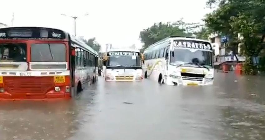 heavy rain havoc in mumbai amid corona crisis local train services disrupted rkdsnt