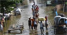सफरनामा 2017:ओखी चक्रवात लील गया कई जानें, तो बिहार बाढ़ ने भी किया आमजन को त्रस्त