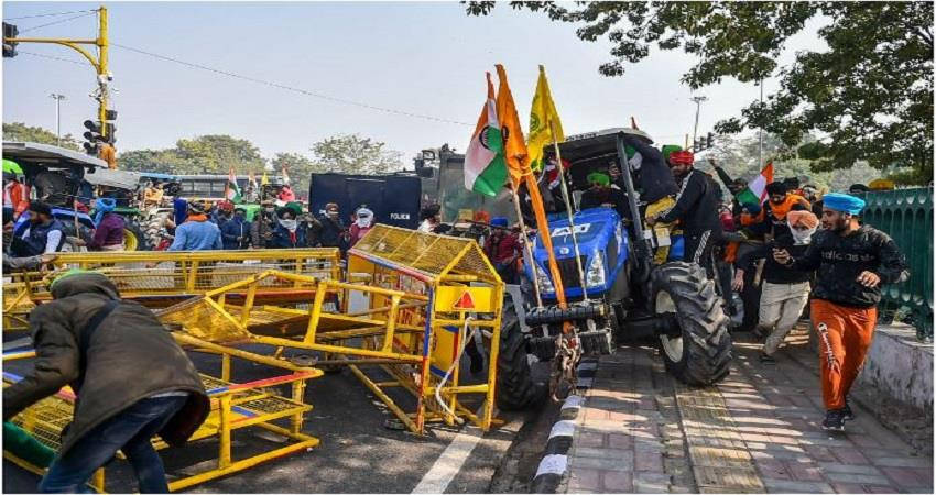tractor-rally-farmers-protest-delhi-live-updates-republic-day-uttar-pradesh-punjab-prsgnt