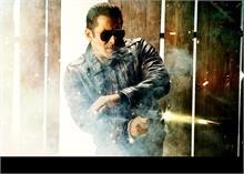 सुपरस्टार सलमान खान फिल्म 'राधे' में तीन खलनायकों से करेंगे आमना-सामना!