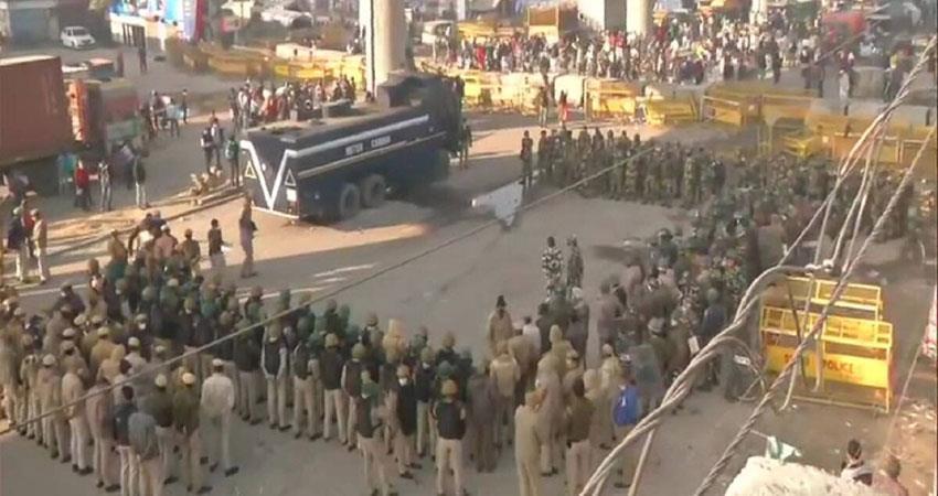 farmers protest tractor rally violence delhi police rakesh tiket sohsnt