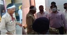 UP में Lockdown तोड़ कर नमाज, पुलिस पर किया पथराव