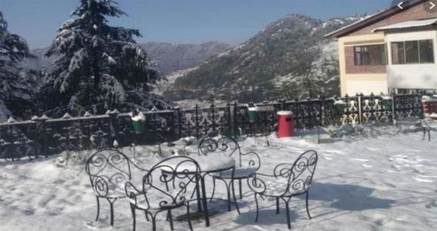 snowfall and rain in shimla make the weather pleasant watch video