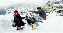 हिमाचल में ताजा बर्फबारी से कई इलाकों के तापमान में आई गिरावट