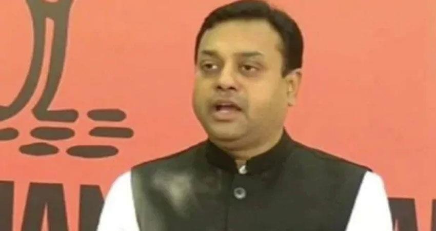 bjp spokesperson sambit patra hit back at rahul said do not the morale of the army albsnt