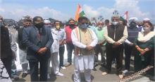 हिमाचल कांग्रेस ने शहीद जवानों को किया याद, कहा- शहादत नहीं जाएगी बेकार