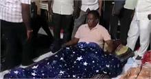 किरण बेदी के खिलाफ फिर धरने पर बैठे पुडुचेरी के मुख्यमंत्री नारायणसामी