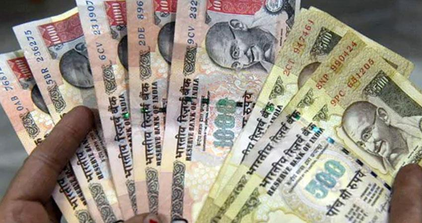 demonetization old currency notes worth rs 5 crore recovered in gujarat rkdsnt