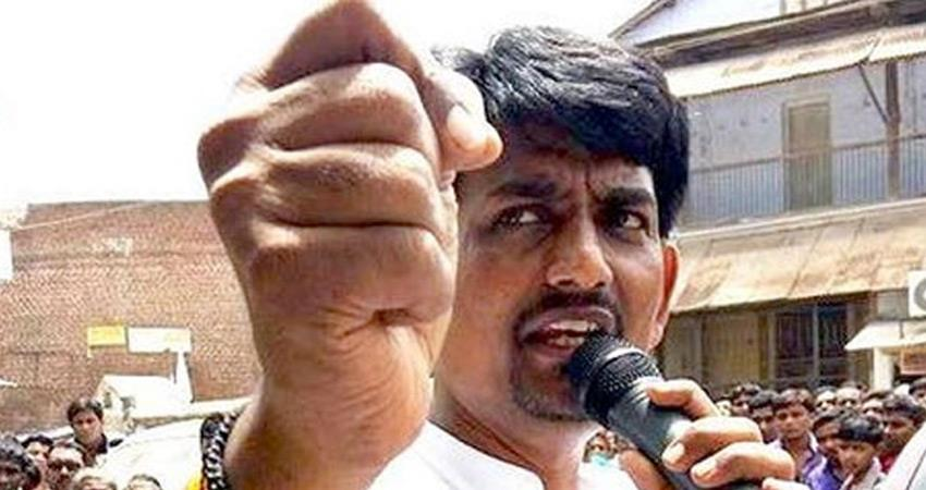 alpesh-thakor-gives-blow-to-congress-in-gujarat-before-loksabha-elections-2019