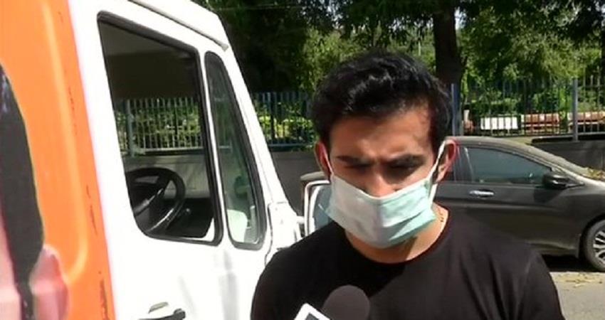 gautam gambhir gave 1000 ppe kits to lnjp hospital in corona crisis sohsnt