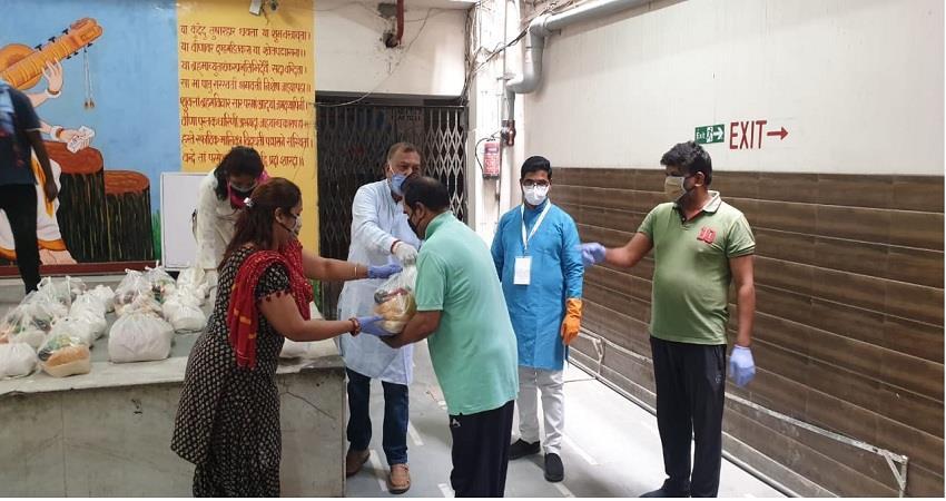 modi-meal-kit-distributed-to-the-needy-by-bjp-organization-general-secretary-siddharthan-albsnt