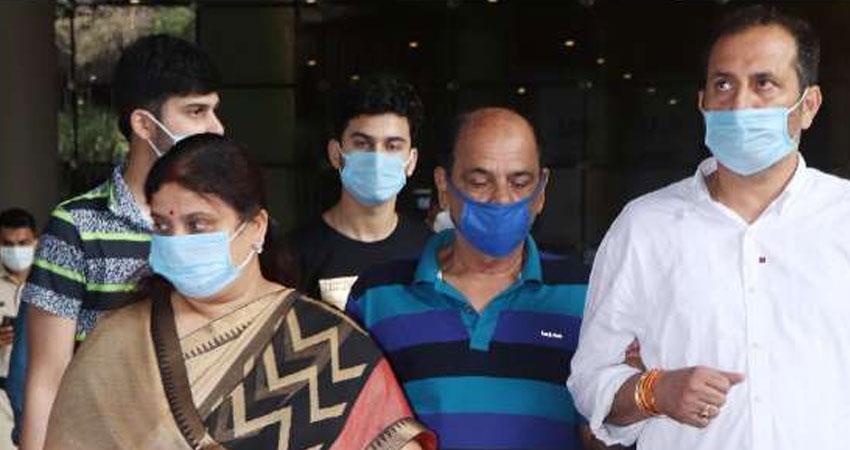 father lodged statement with mumbai police regarding depression of sushant singh rajput rkdsnt