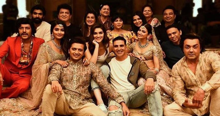 housefull 4 akshay kumar sajid nadiadwala fox star studios 200 crore  mission mangal